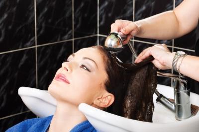 Image result for बालों को धोने का तरीका